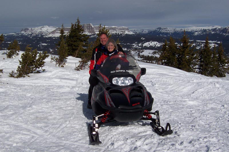 Wyoming Continental Divide 3 Day Snowmobiling Tour